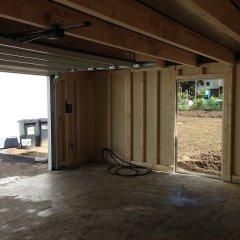 Garage mit Nebentür